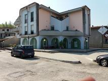 Civitella di Romagna (FC) località Cusercoli negozio in posizione visibile in prima linea su strada principale in Vendita